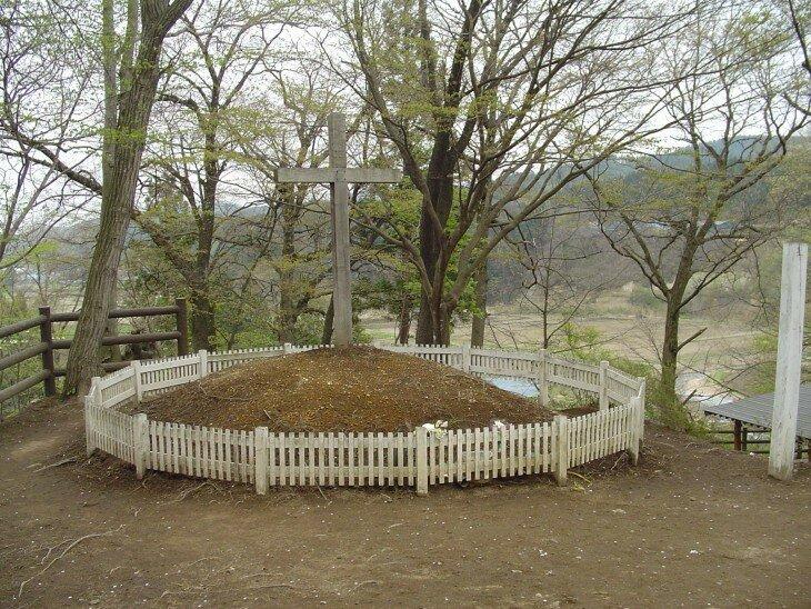 Могила Христа в японском селе Синго