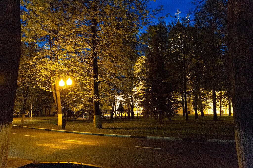 Сквер около Успенского собора, Ярославль