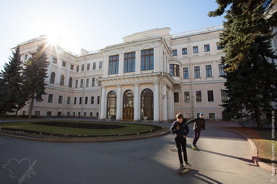 Аничков дворец Пионеров