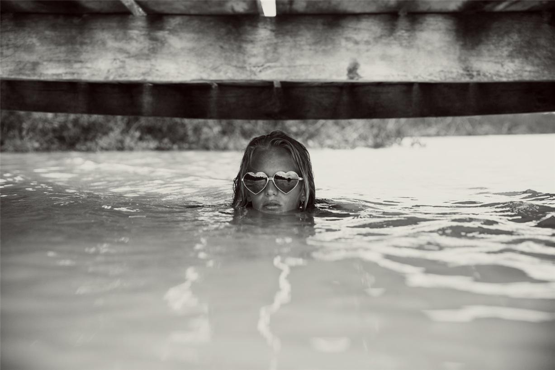 Эмма Стерн Нильсен и Ханали Репонти / Hanalei Reponty & Emma Stern Nielsen by Mark Hunter for Wildfox Swim summer 2014