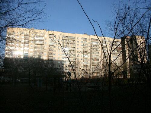 Малая Карпатская ул. 23к1