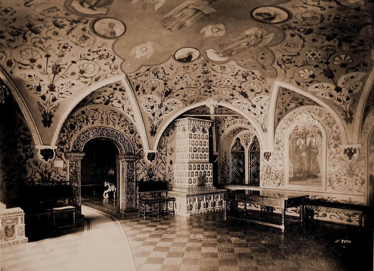 Вид столовой палаты в Теремном дворце Кремля