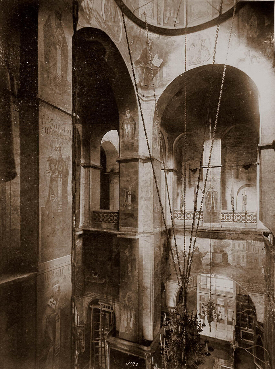 Вид на хоры и своды Софийского собора