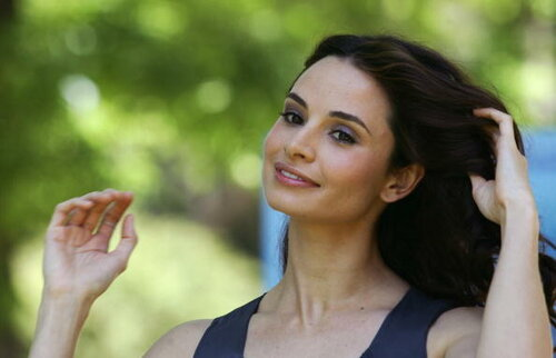 Actress Mia Maestro of Aregentina poses