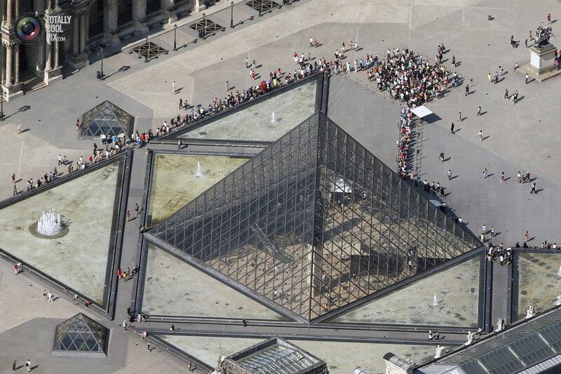 Париж с ветолёта!