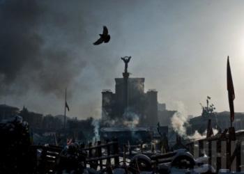 В центре Евромайдана найден повешенный манифестант