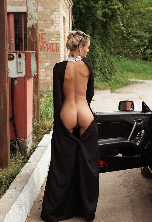 фотографии блондинок в платьях не голые