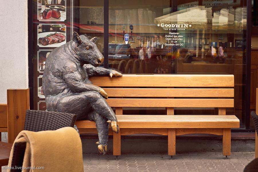 Эстония, Таллин, Старый город Таллина, скульптуры в Таллине