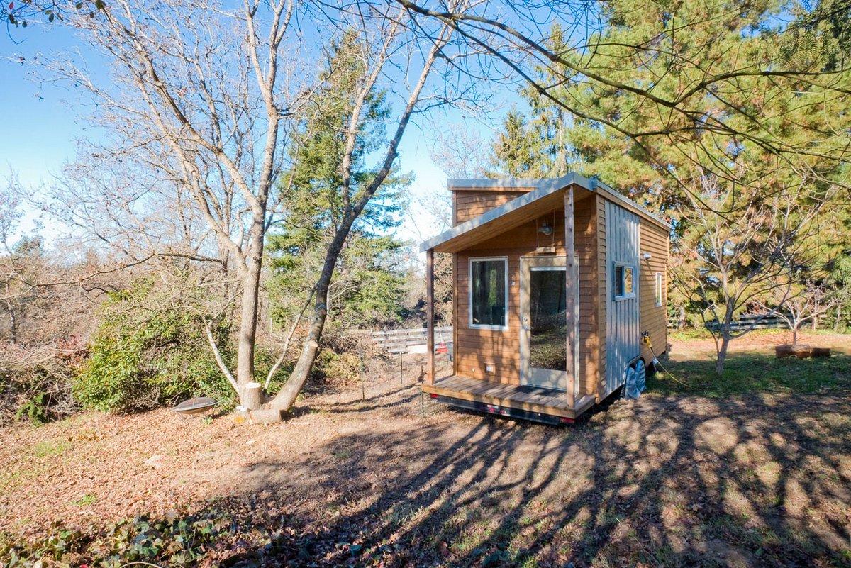 Алек Лисефски, Alek Lisefski, дом-трейлер, передвижной дом, дом на колесах, дом-трейлер в лесу, дома в Калифорнии, очень маленький дом