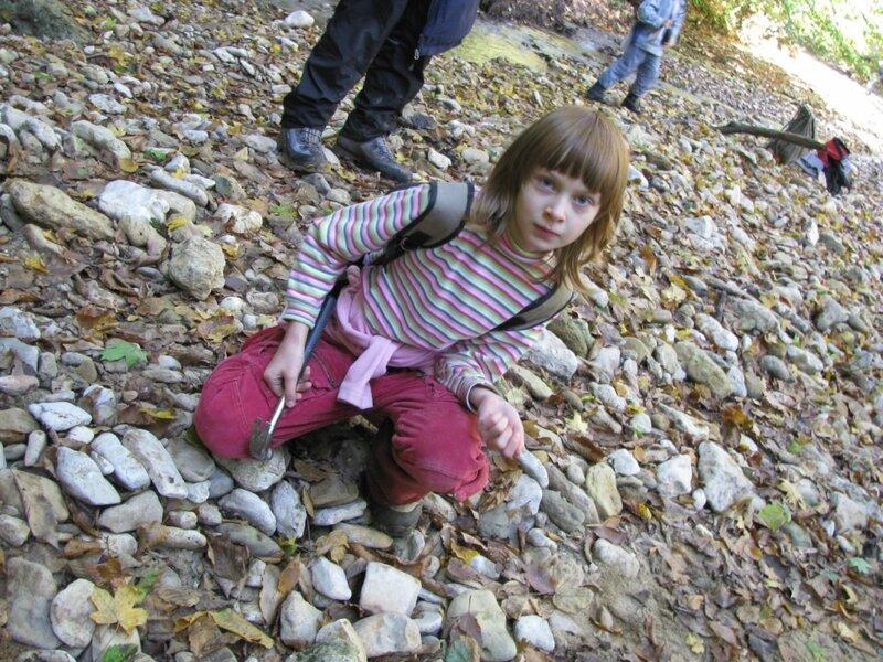 Уроки минералогии… и другие (Горная Адыгея в октябре с детьми)