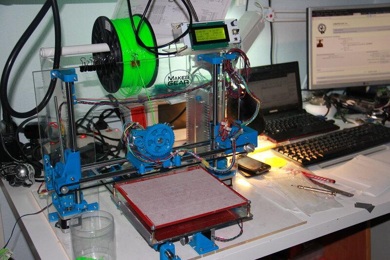 3D принтер Mendel90 первой версии, лично собранный мной