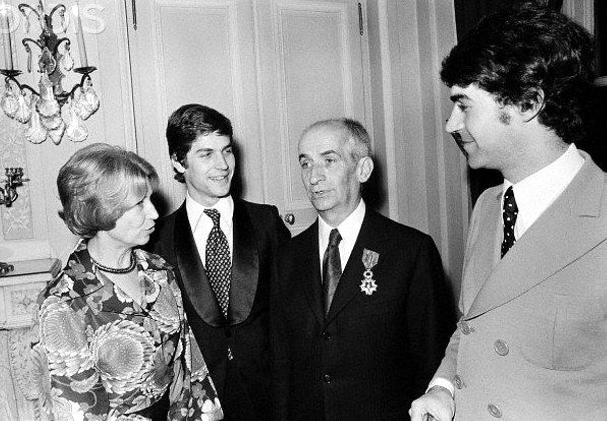Луи с супругой Жанной и сыновьями Оливье и Патриком....jpg