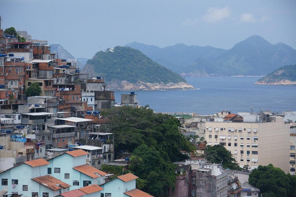 ...и на закате белые цветы негритянки океан утащил с собой... Бразилия на новый 2014 год