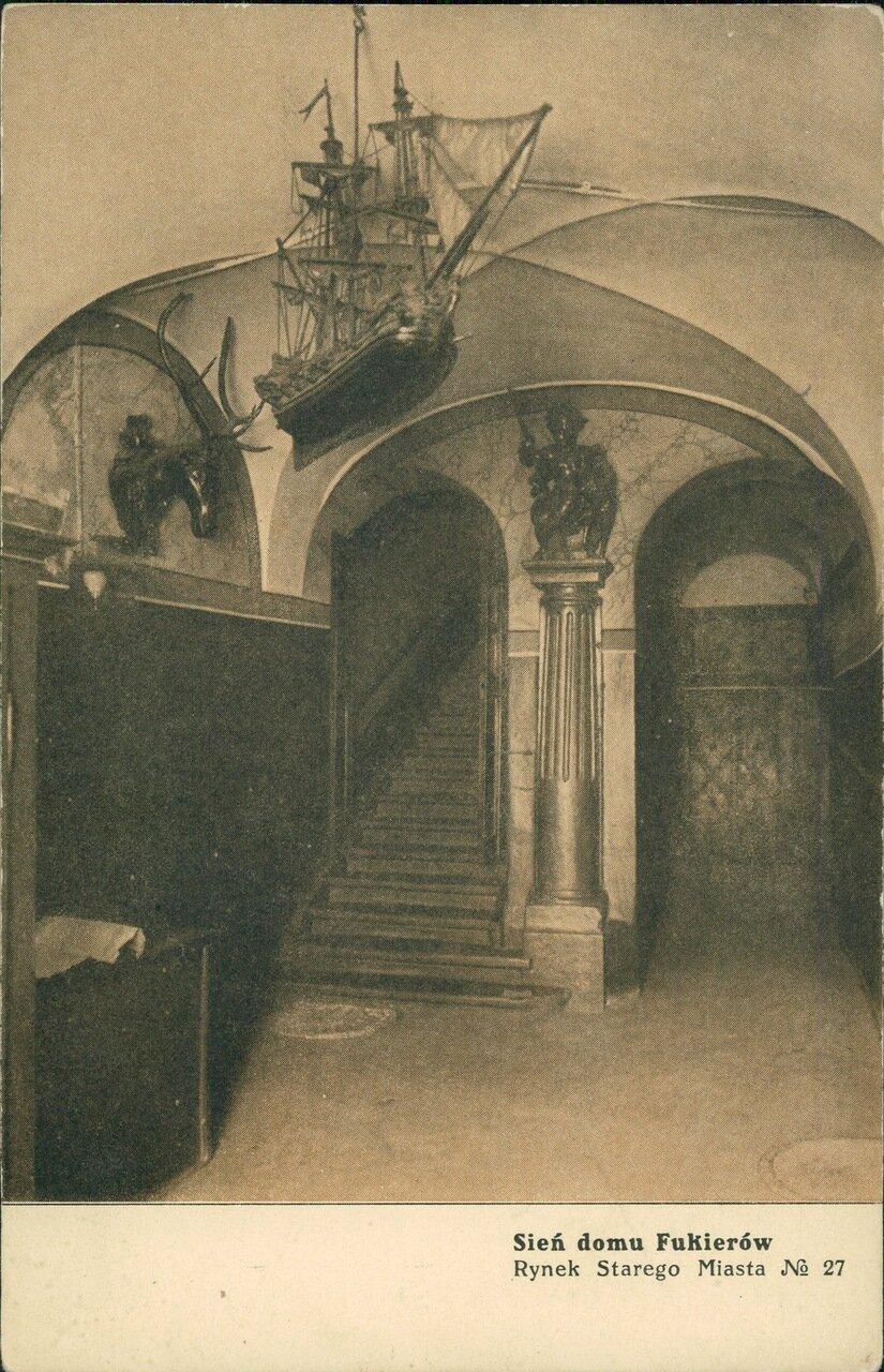 Дом Фукеров, Староместская площадь № 27