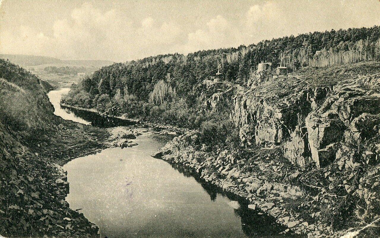 Берега реки Тетерева
