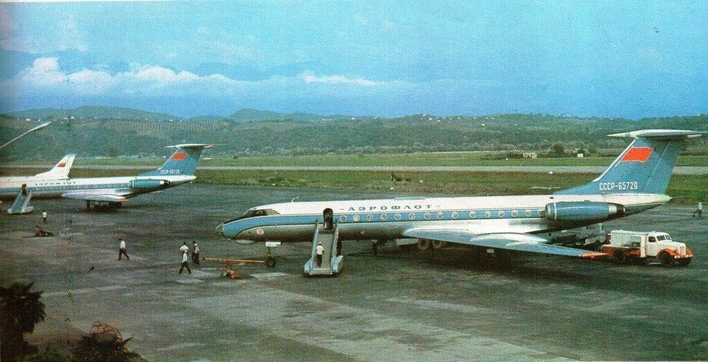 Ту-134, Аэропорт города Сочи, 1970-е годы.jpg