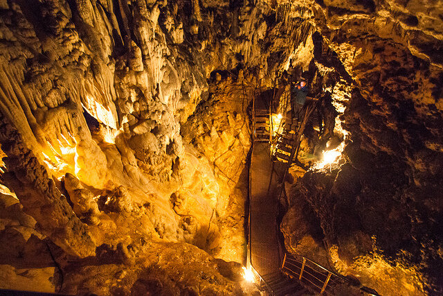 В горах Адыгеи - Азишская пещера