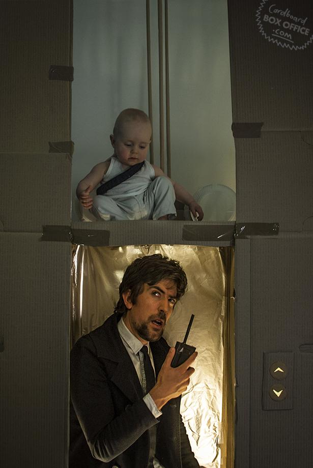 Семейный фотопроект `Cardboard Box Office`. Сцены из знаменитых фильмов. 15 штук.