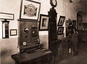 В телеграфной комнате Петровской пожарной части.