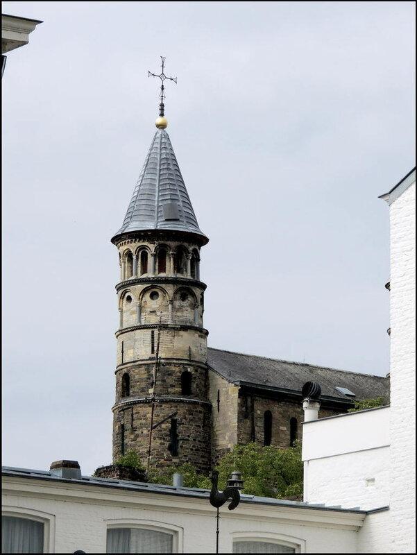 Maastricht 7392 Basiliek van Onze-Lieve-Vrouw-Tenhemelopneming.JPG