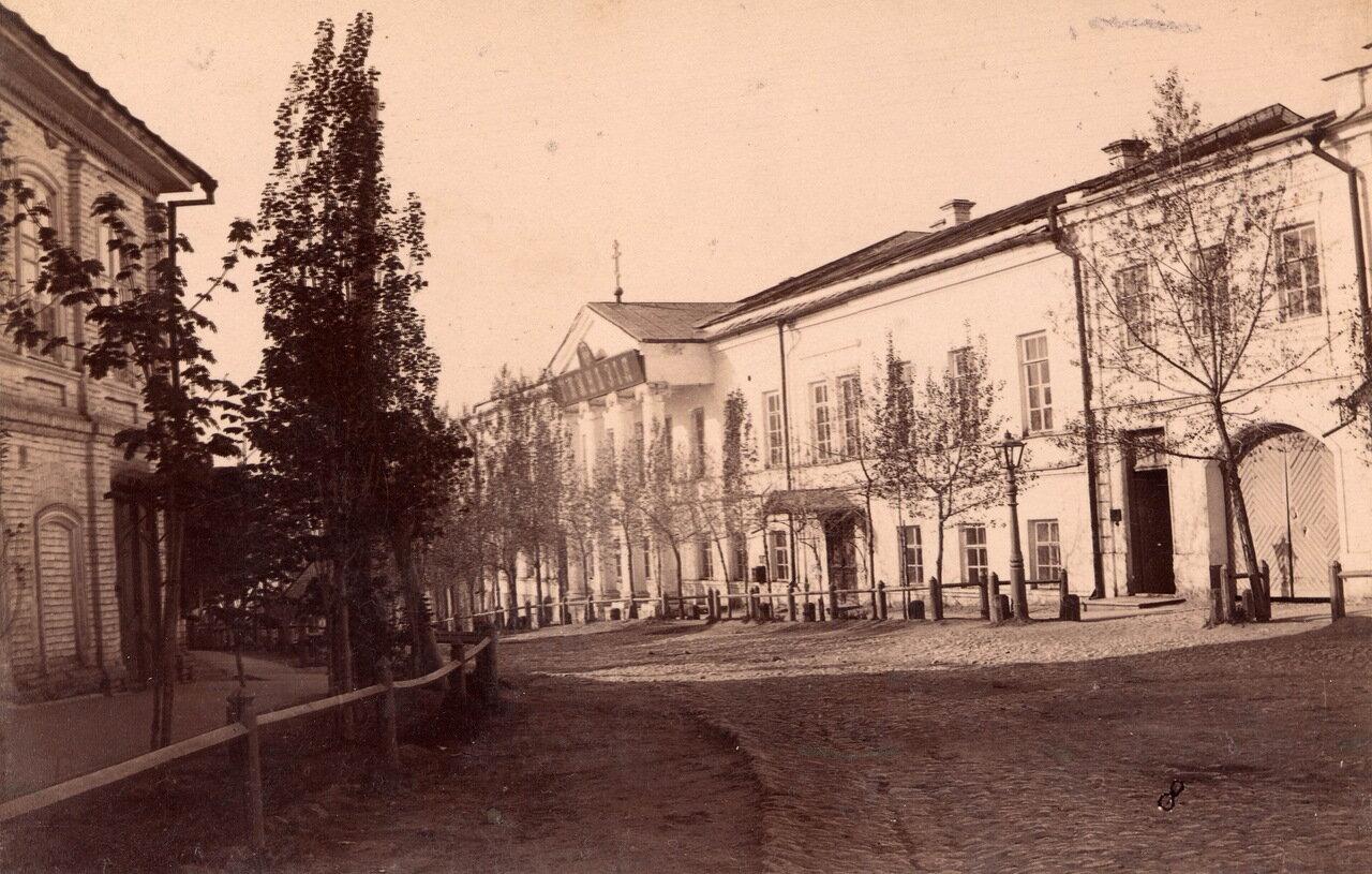 Гимназическая улица и мужская гимназия