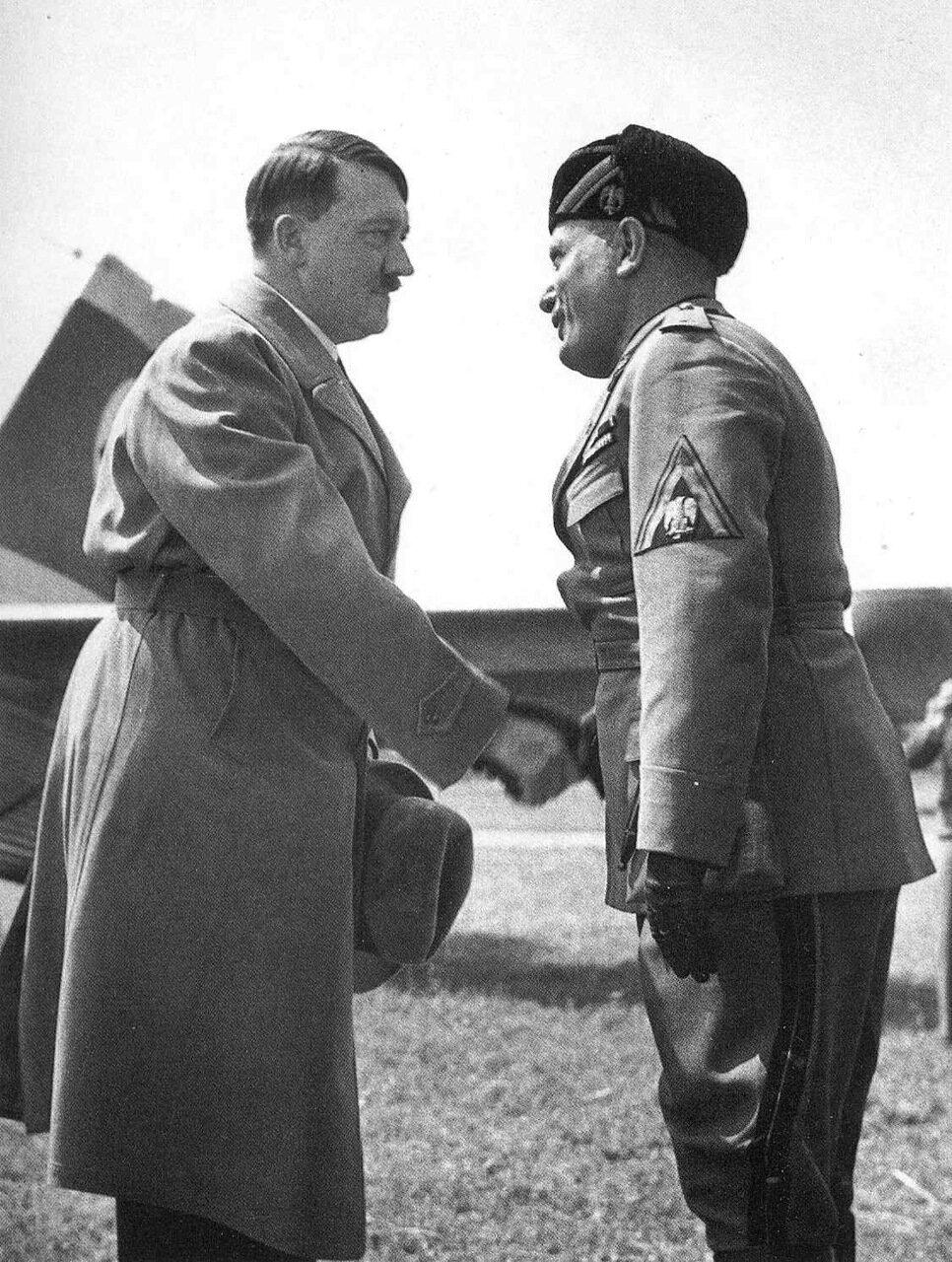 1934. Первая встреча Адольфа Гитлера и Бенито Муссолини