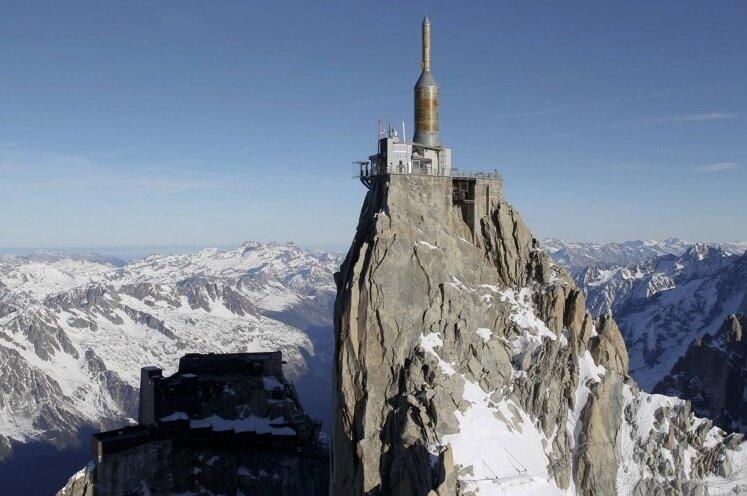 Эгюий дю Миди - удивительное место в горах
