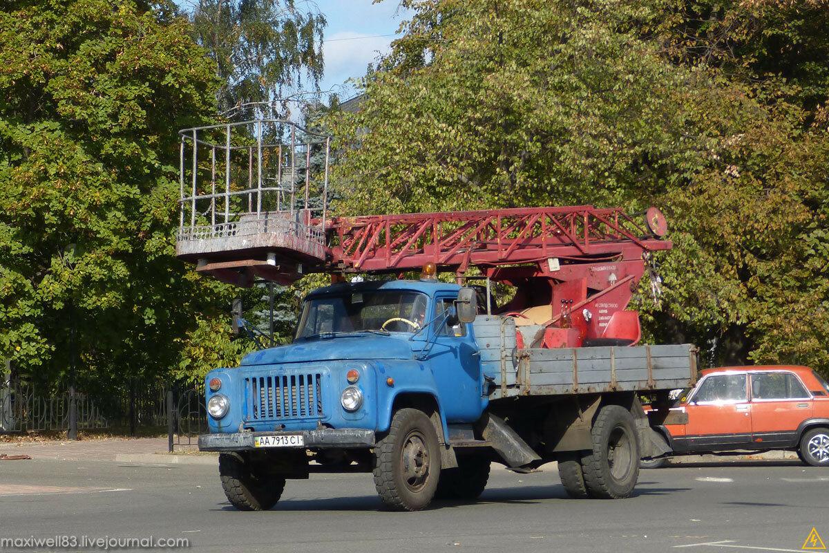 ГАЗ-53 (АП-17) — автовышка