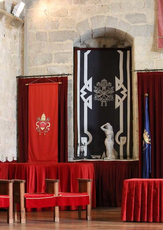 Peniscola, The Castle Of Papa Luna.Gothic hall or living room of the master (Salón gótico, Salon del Comendador) Peniscola, Castell del Papa Luna
