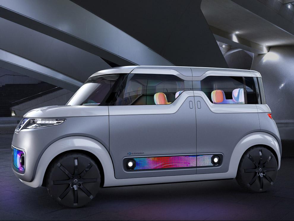 16. Водородный автомобиль FCV Plus . Вообще, экология и новые виды энергии стали главными модными ве