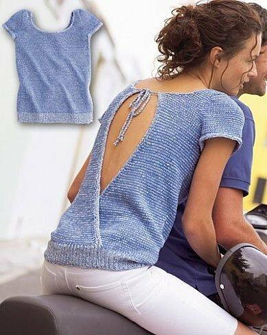 голубой топ с вырезом на спине