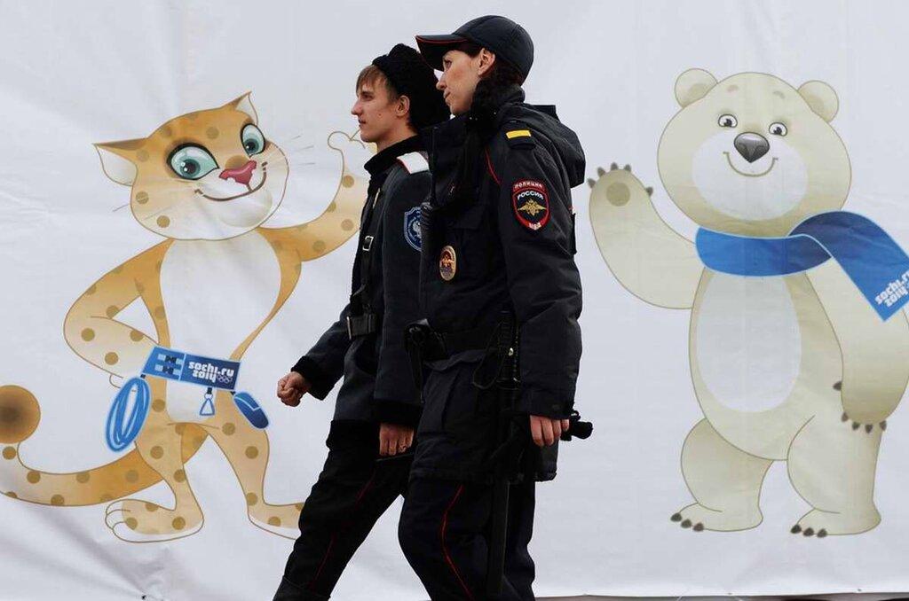 Совместные патрули полицейских и казаков на улицах, прилегающих к олимпийским объектам (2)