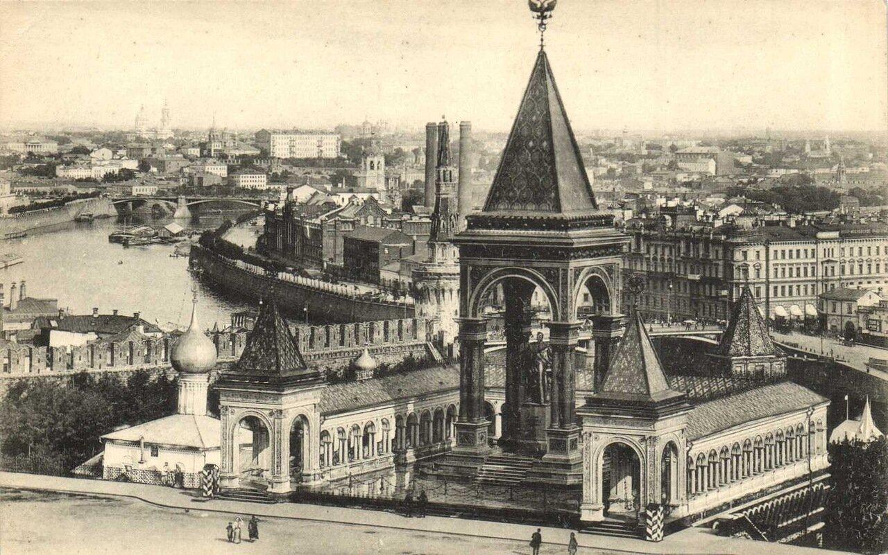 Общий вид с Ивановской колокольни