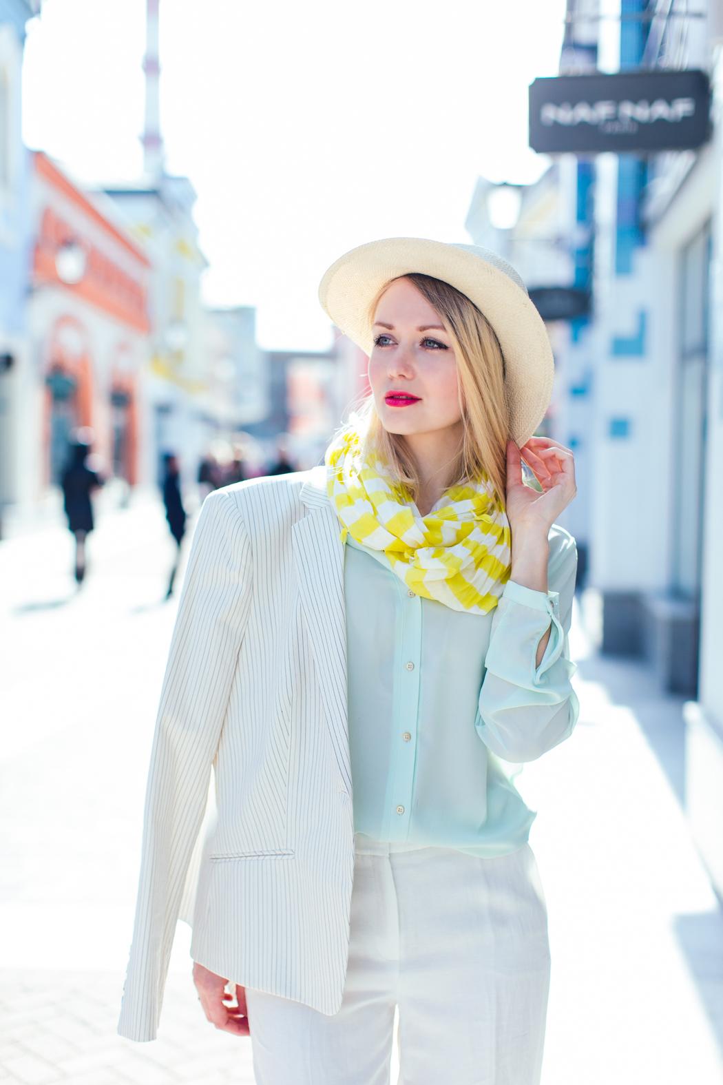 inspiration, streetstyle, spring outfit, moscow fashion week, annamidday, top fashion blogger, top russian fashion blogger, фэшн блогер, русский блогер, известный блогер, топовый блогер, russian bloger, top russian blogger, streetfashion, russian fashion blogger, blogger, fashion, style, fashionista, модный блогер, российский блогер, ТОП блогер, ootd, lookoftheday, look, популярный блогер, российский модный блогер, russian girl, аутлеты москвы, аутлет вилладж белая дача, белая дача, outlet village belaya dacha, модные весенние аксессуары, тренды весна-лето 2015, что будет можно этим летом, модные образы, с чем сочетать бахрому, платье в стиле 70-х