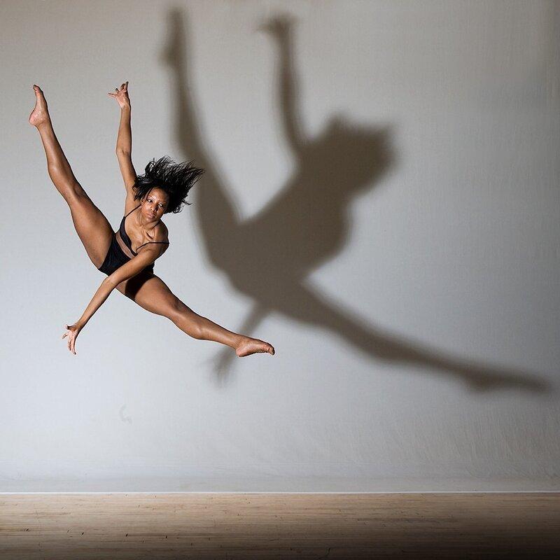 бревно как сфотографировать человека при прыжке россии