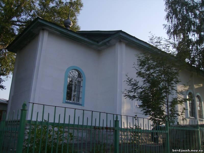 Церковь освящена в честь Николая Чудотворца (03.07.2014)