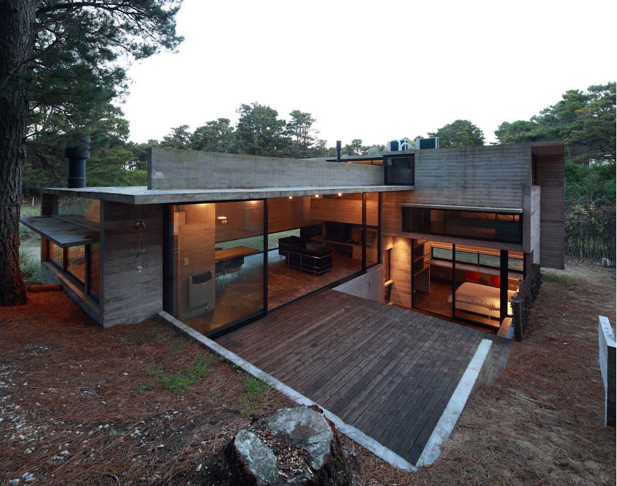 Casa Pedroso, Luciano Kruk, Maria Victoria Besonias, частный дом в лесу, дом в лесу фото, частные дома в Аргентине, Gustavo Sosa Pinilla