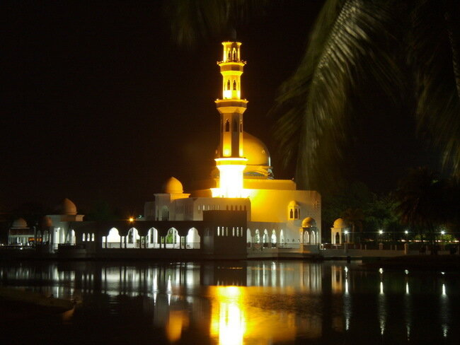 Мечеть Тенгку Тенга Захара. Малайзия