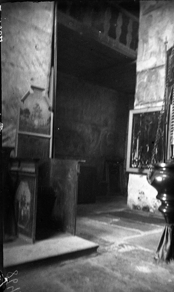 Церковь Спаса на Нередице. Внутренний вид