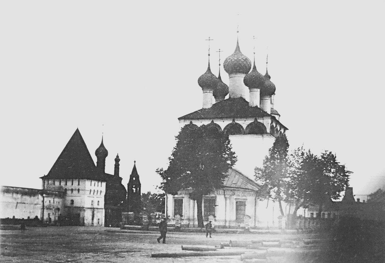 Церковь Рождества Богородицы на Богоявленской площади