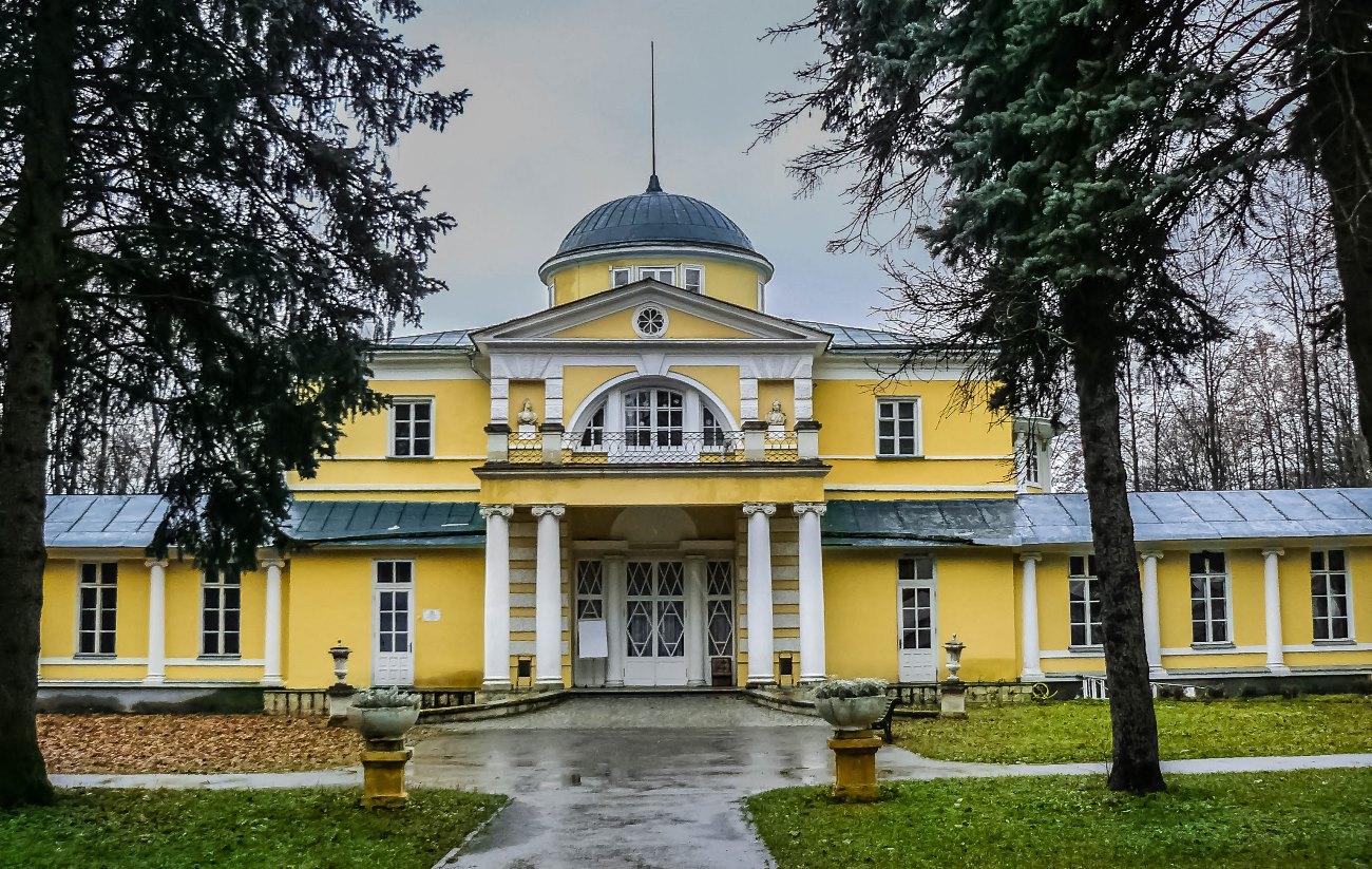 irina-fortuna-brattsevo estate 01.jpg