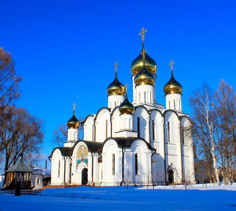 Свято-Никольский женский монастырь.
