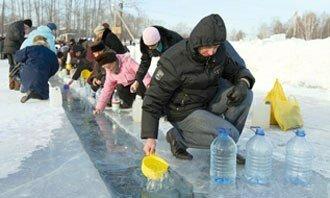 Крещенская вода: мифы и суверия в вопросах и ответах