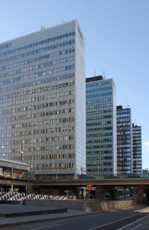 Стокгольм, Свеаваген. Stockholm, Sveavägen, небоскребы Хёторгшусен (Hötorgshusen)