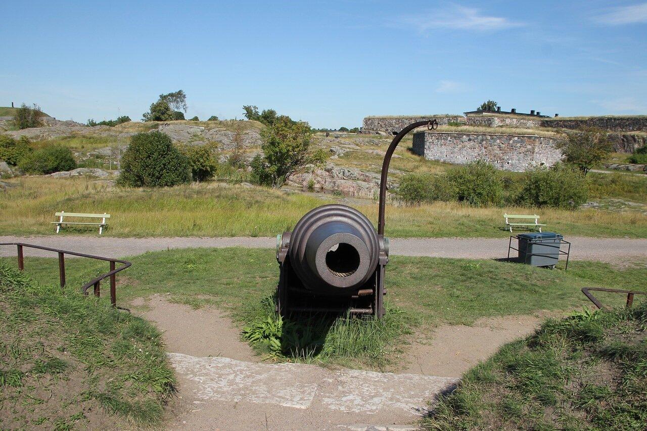 Крепость Суоменлинна. Береговая батарея Кустаанмиекка