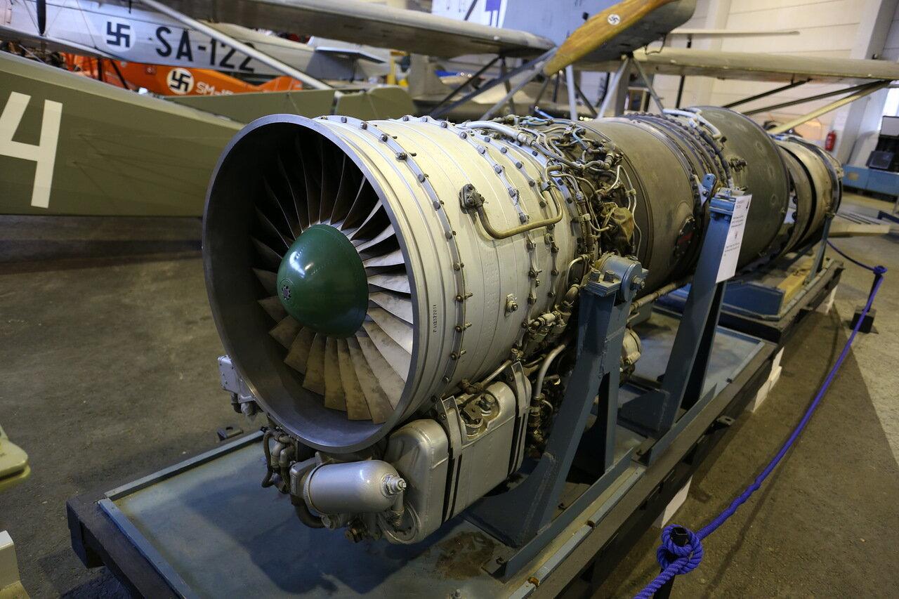 Авиамузей Вантаа. Двигатель РД-9 истребителя МиГ-21