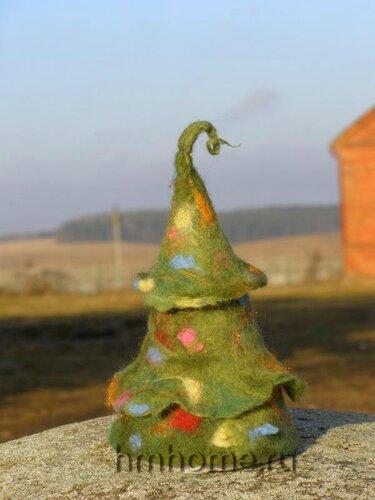 Новогодняя ёлка из войлока