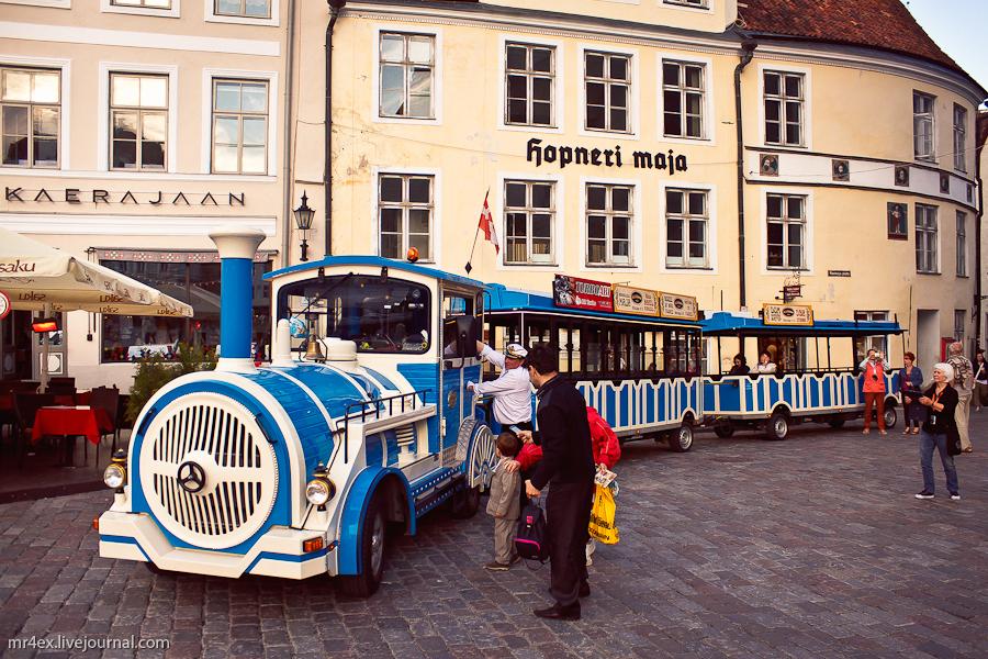 Эстония, Таллин, Ратушная площадь
