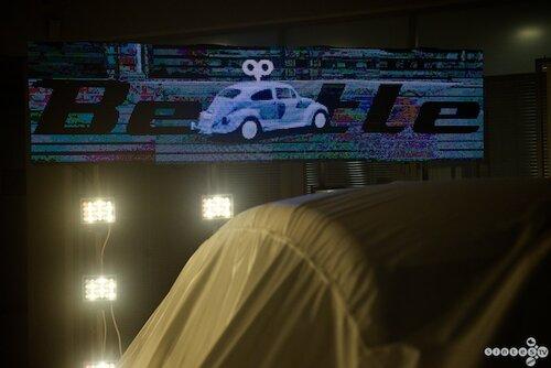 Световое оформление (светодиодный пиксельный маппинг) от виджея VJinskiy на презентации обновлённого Volkswagen Beetle в Барнауле 23 ноября 2013 г. в автоцентре