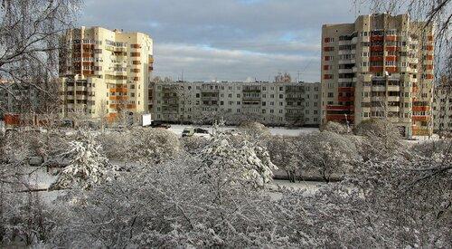 В городе выпал снег